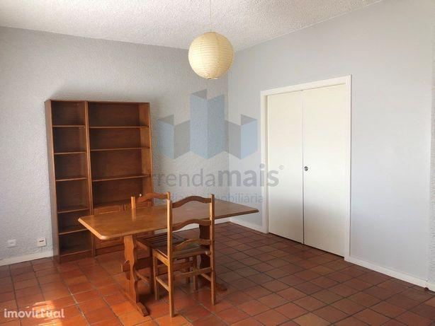 Arrenda-se Apartamento T1 em Coimbra, perto do Shopping A...