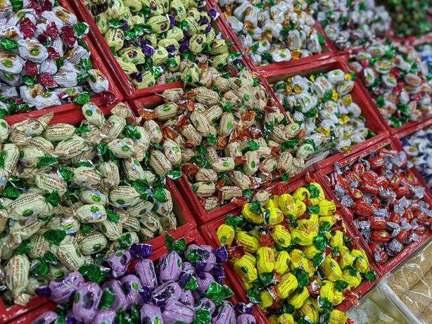 Орехи/ сухофрукты в шоколаде конфеты: Метеорит Грильяж Кокос, фундук
