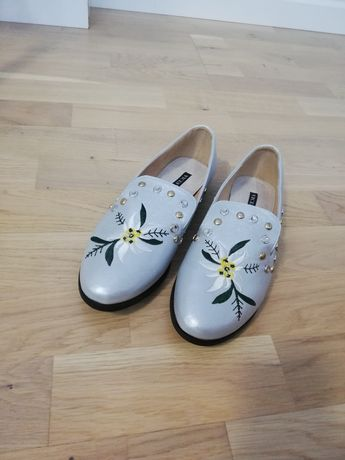 Nowe buty mokasyny