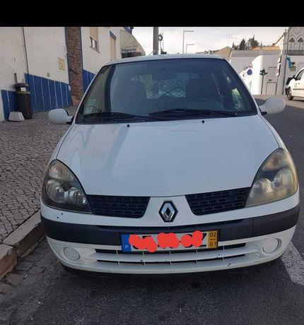 Renault clio comercial 2002