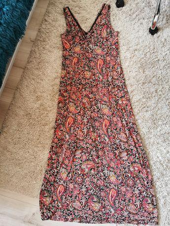 Długa indyjska sukienka