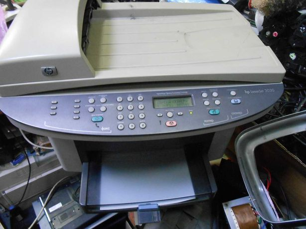 продам мфу HP3030 картридж Q2612A