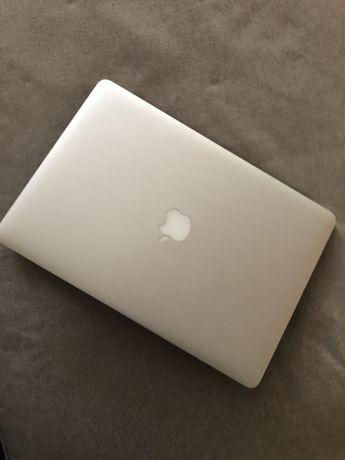 MacBook Pro 15/ 16Ram com 256SSD / Mid 2014