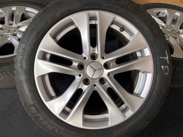 """Jantes 17"""" Originais Mercedes Avantgarde com pneus"""