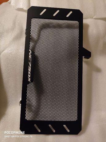 Proteção radiador nc 700 ou 750 Honda
