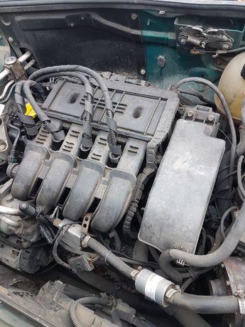 Renault kangoo clio thalia lift silnik 1.2 16V skrzynia części