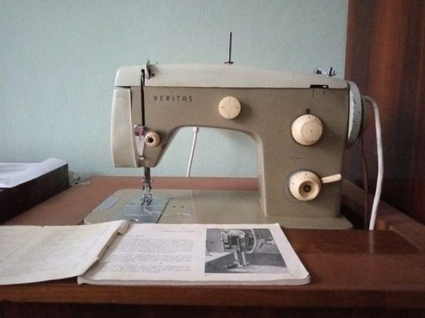 Срочно Швейная машина Veritas TexTima 8018/2 Germany Германия машинка