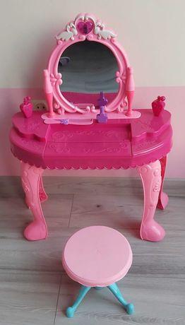 Toaletka dziewczęca