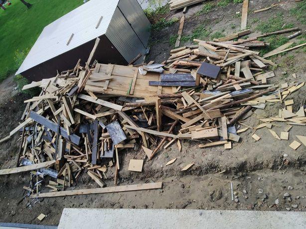 drewno po budowie na opał