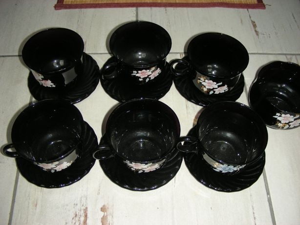 Arcoroc.Filiżanki,spodki i cukiernica,komplet kawowy.czarny 5+1