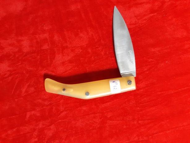 """Canivete marca """"Pallés """" Carbono, Novo, de colecção."""