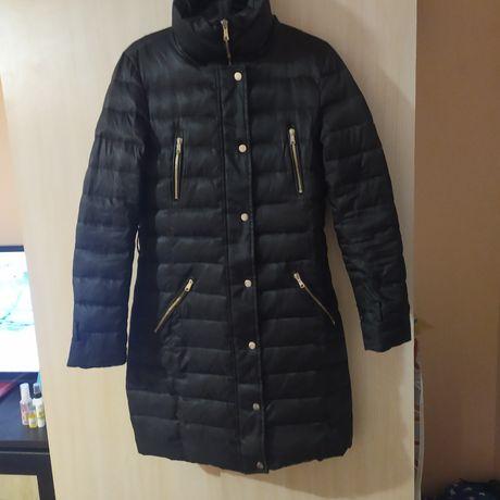 Пуховик Zara. Зимняя куртка, пальто