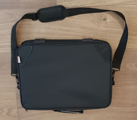 _Hama_ etui torba na laptopa