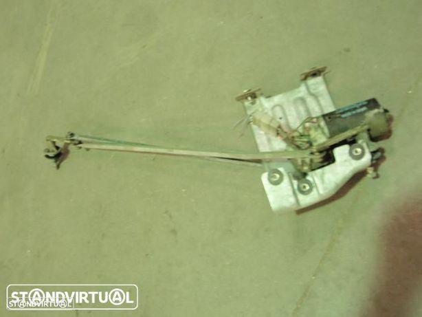 Fechadura lateral porta - Nissan Vanette ( C220 ) 1991
