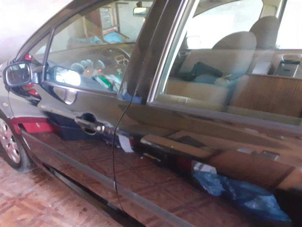 Peugeot 307 uszkodzony. Sprawny GAZ
