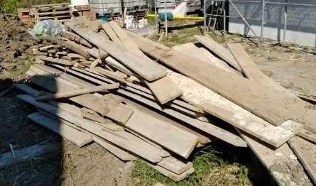 Deski szalunkowe po 1 budowie w Niepołomicach