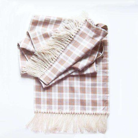 szalik w kratkę,beżowy szalik,długi szalik,ładny szalik do płaszczcza