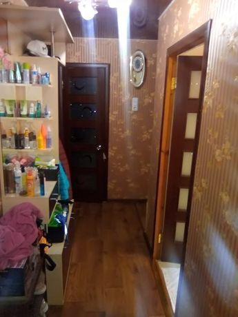 Продам двухкомнатную квартиру Берислав р- н Шырокой 2-й этаж.