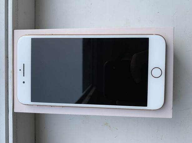 Продам  iphone 8 plus gold rose 256GB