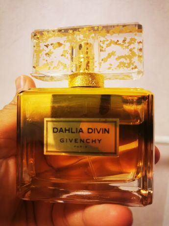 Dahlia Divine Le Nectar Givenchy оригинал