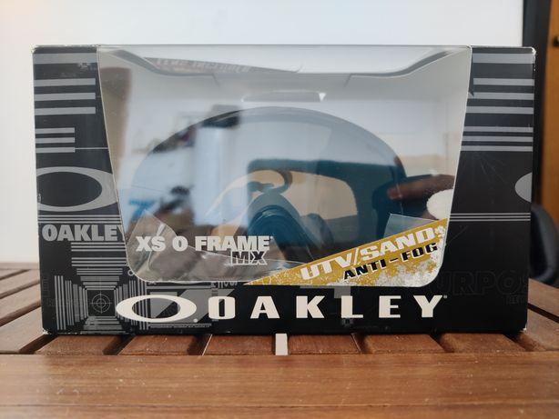 Óculos Oakley XS