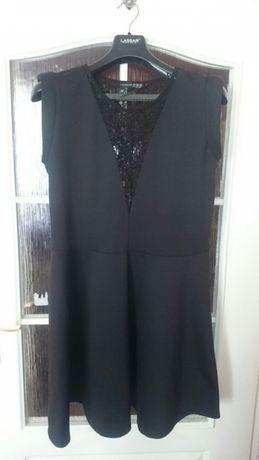Sukienka elegancka i na różne okazje