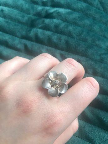Pierścionek srebrny kwiat jabłoni  autorski