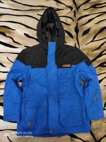 Куртка для мальчика в идеальном состоянии!