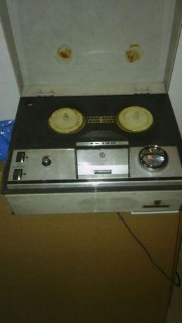 Magnetofon szpulowy Grundig 120