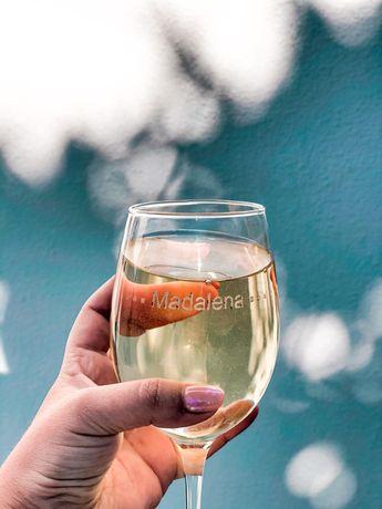 Gravação em copos de vidro