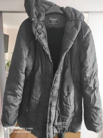 Zimowa czarna kurtka z kapturem