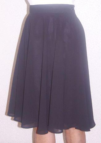 Spódnica czarna, żorżeta.
