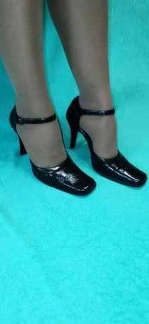 Туфли босоножки кожа р.35