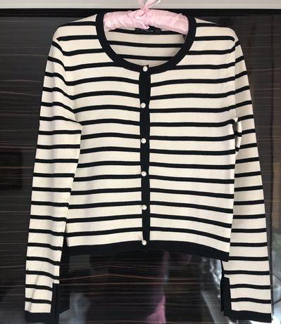 Sweter w paski Zara