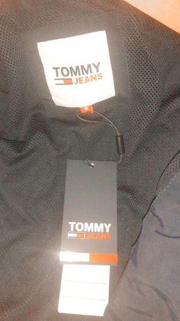 Casaco da Tommy Novo a Estreiar