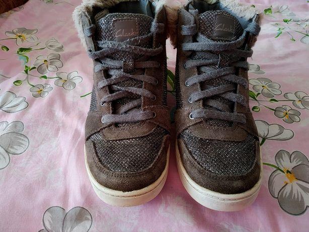 Ботинки ботиночки кеди дівчинці Clark's 33