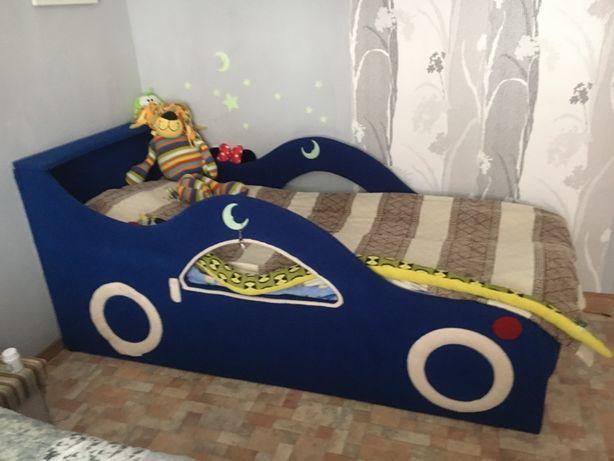 Мягкая кровать машинка для ребенка