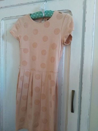 Suknia śliczna Mohito.