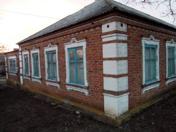 Продам большой дом смт. Мангуш либо обмен
