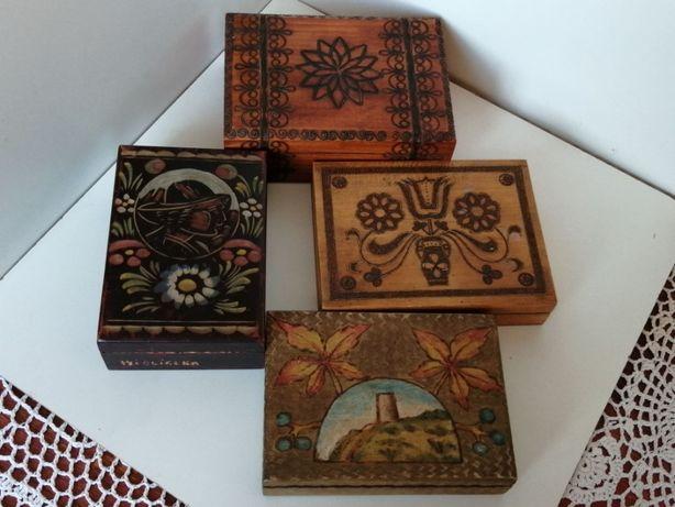 Cztery Stare drewniane Szkatuły