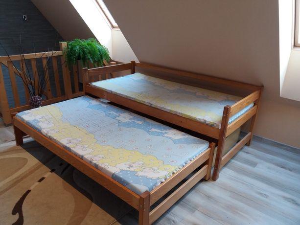 Łóżko drewniane rozsuwane