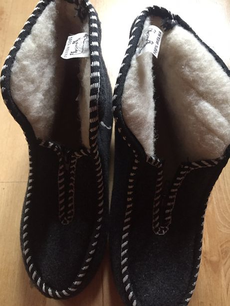 Pantofle, buty 100% welna