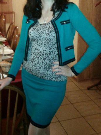 Трикотажное платье и пиджачок
