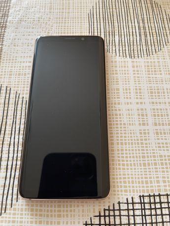 Продам мобильный телефон Samsung S9