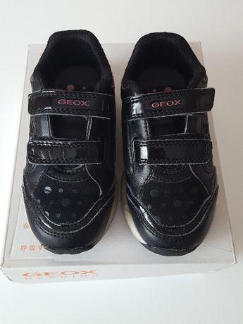 Półbuty Sneakersy dziewczęce Geox roz. 25