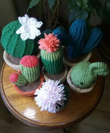 Вязаные кактусы- игрушки