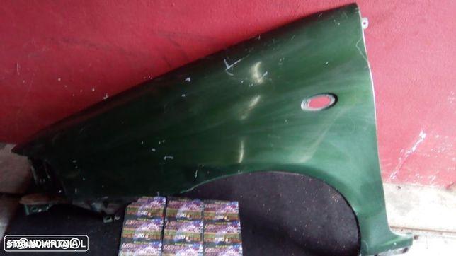 Guarda lamas frente esquerdo  / Direito - Fiat Punto - 1994 a 1999