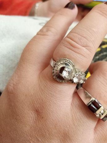 Pierścionek srebrny bvlgari