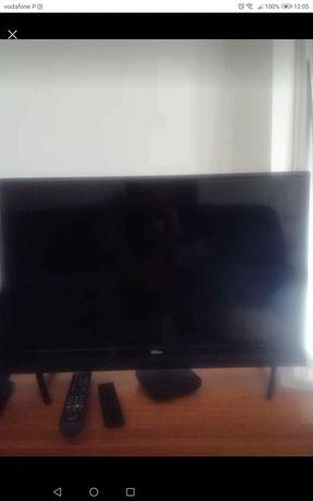 Vendo televisão 32'