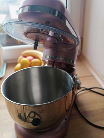 Robot kuchenny w stylu retro różowy